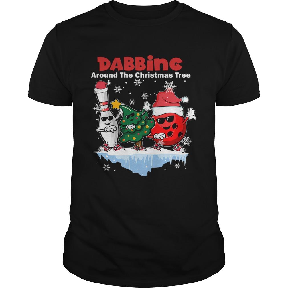 Dabbing Around The Christmas Tree shirt Classic Men's