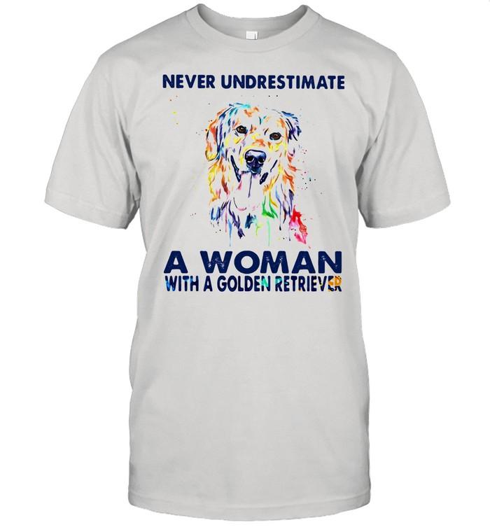 Never Underestimate A Woman With A Golden Retriever shirt Classic Men's T-shirt