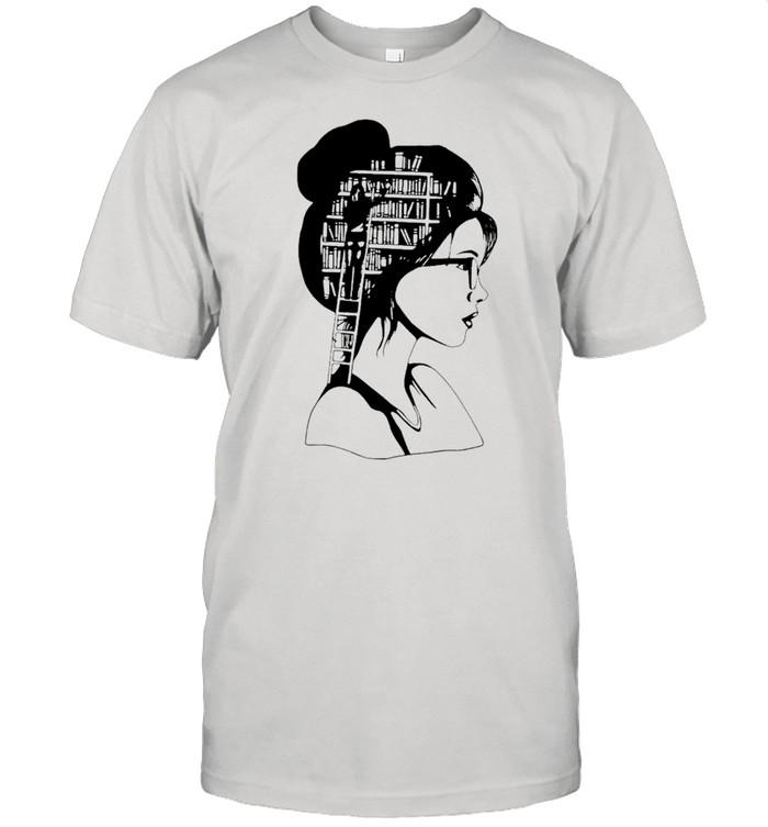 A girl who loves books Classic shirt Classic Men's T-shirt