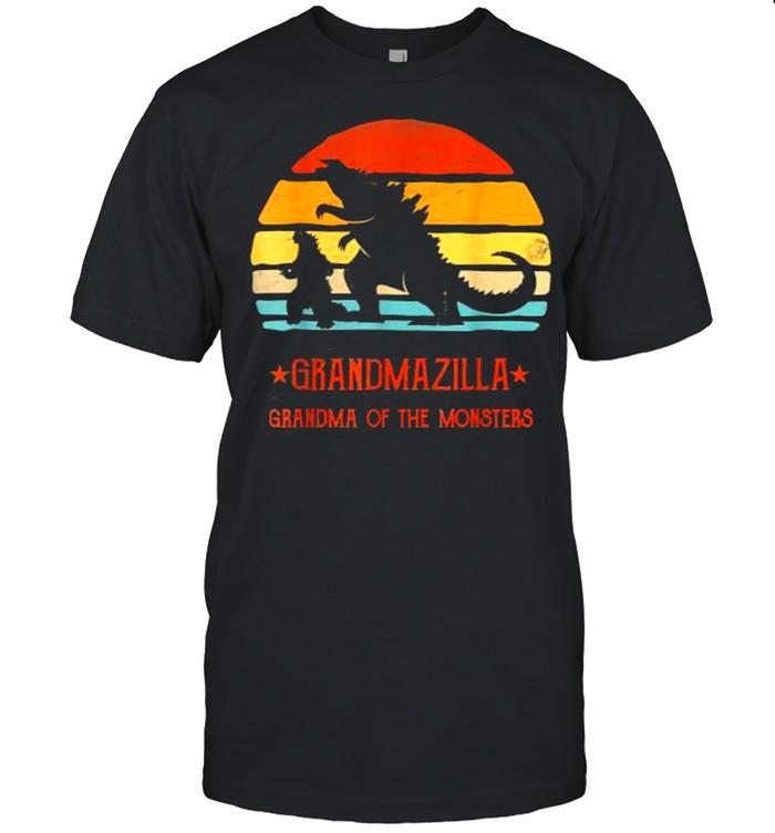 Grandmazilla Grandma Of Monsters Vintage T- Classic Men's T-shirt