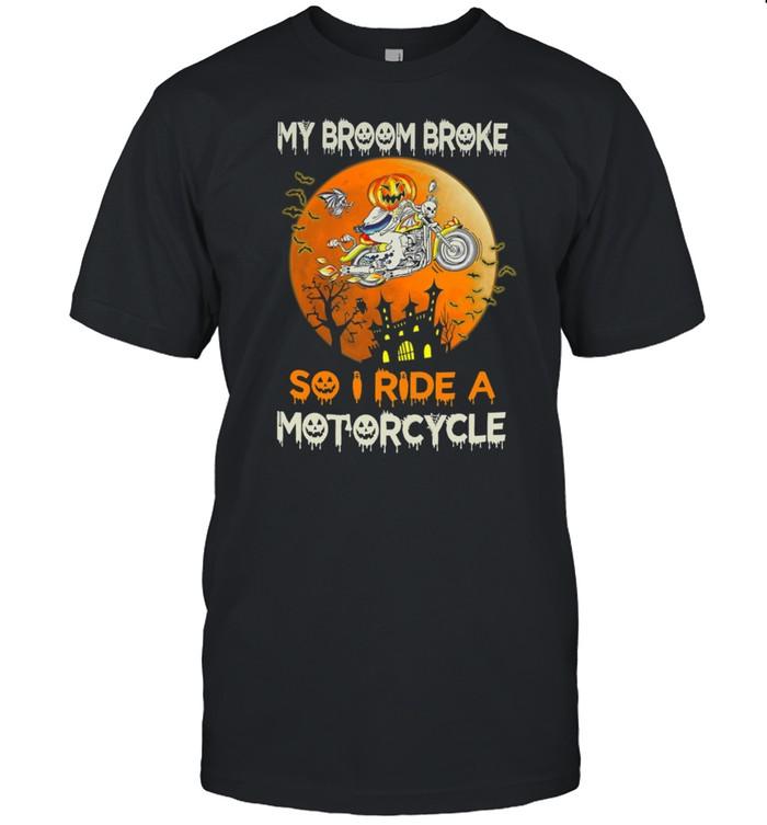 My broom broke so I ride a Motorcycle Halloween shirt Classic Men's T-shirt
